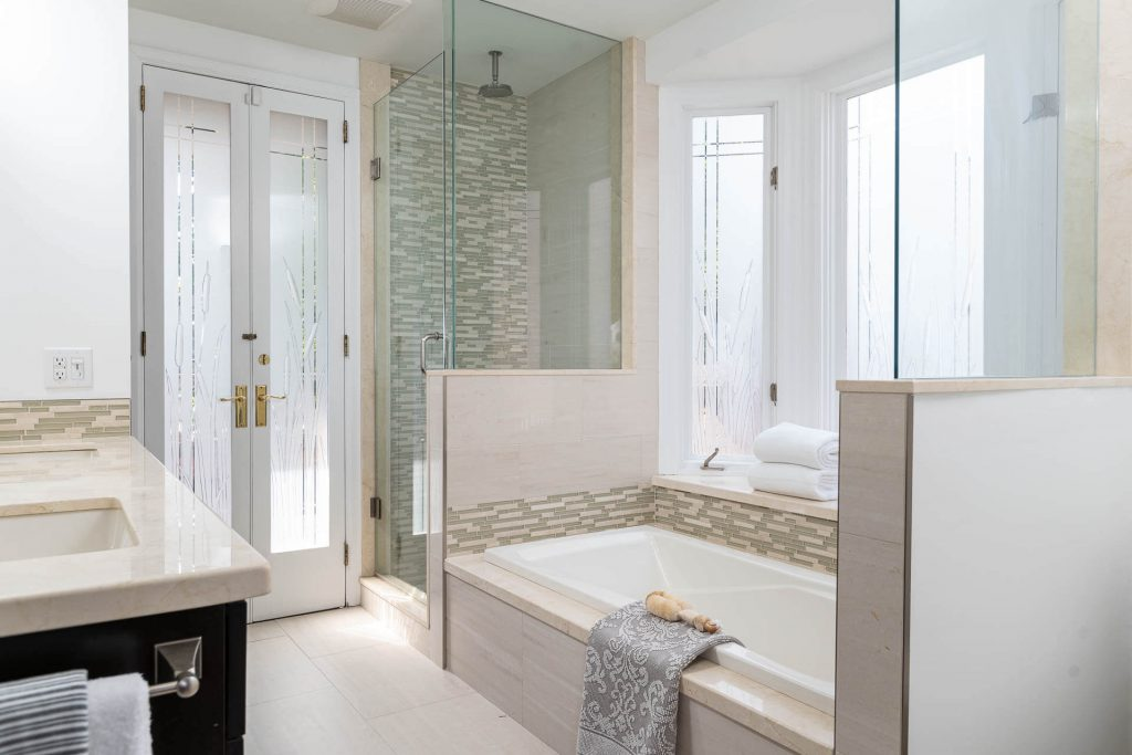 20 Admiral Rd Toronto, ON M5R 2L5 – Bathroom 2