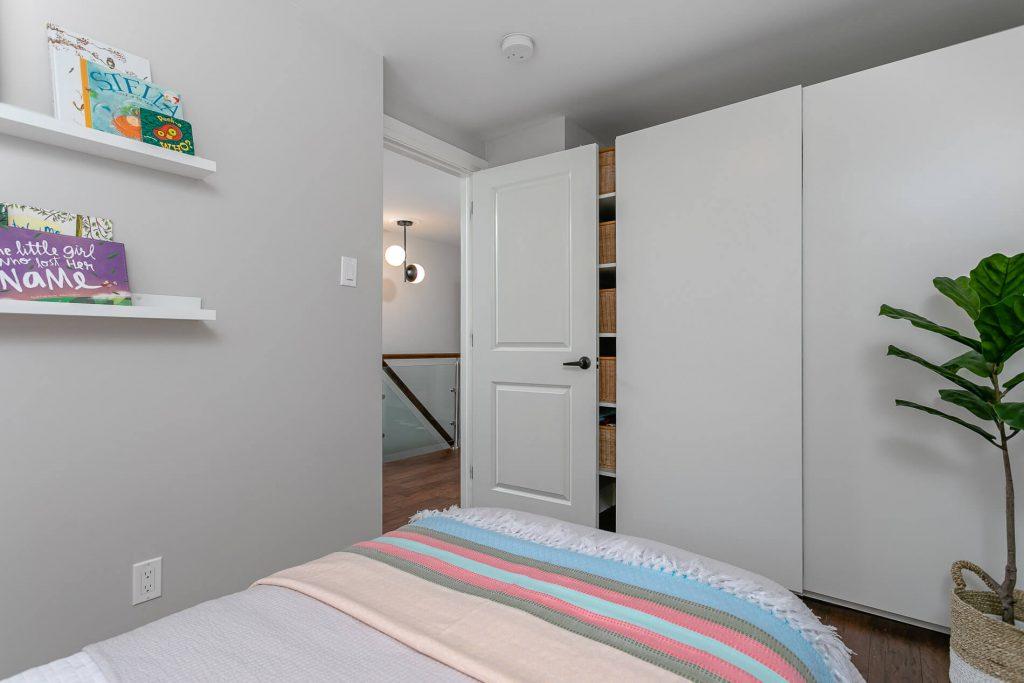 719 Willard Ave Toronto, ON 719 Willard Ave Toronto, ON M6S 3S8 – 2nd Bedroom 2