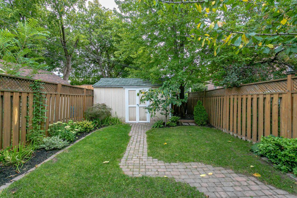 719 Willard Ave Toronto, ON 719 Willard Ave Toronto, ON M6S 3S8 – Backyard