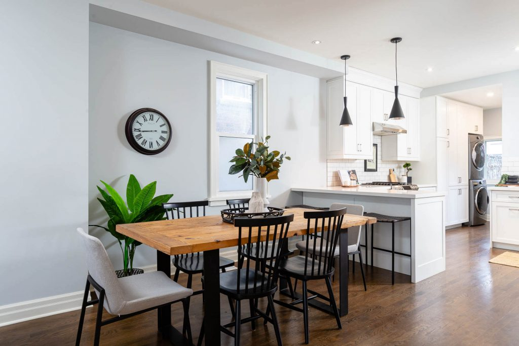 1 1-2 Montrose Ave Toronto ON M6J 2T7 – Dining Area 3