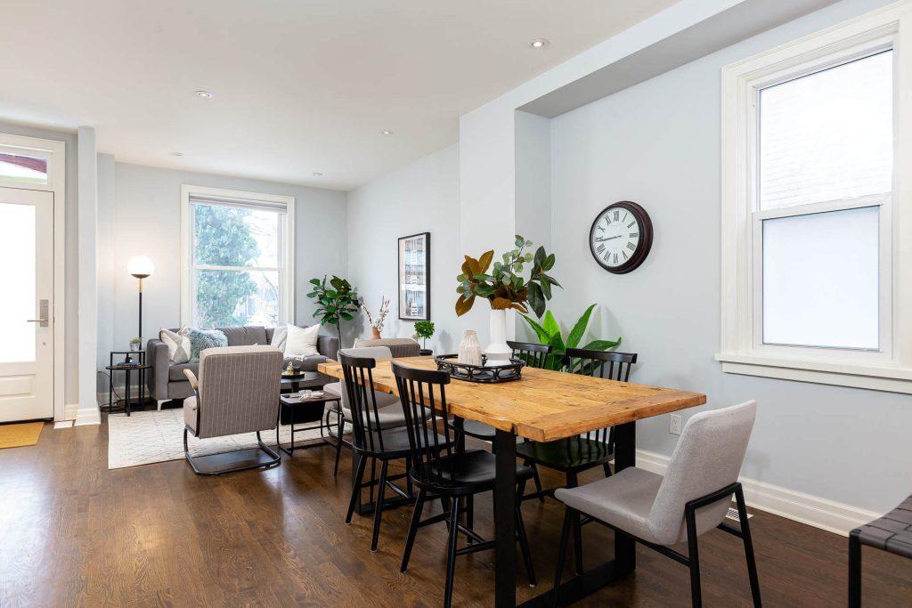 1 1-2 Montrose Ave Toronto ON M6J 2T7 – Dining Area 4