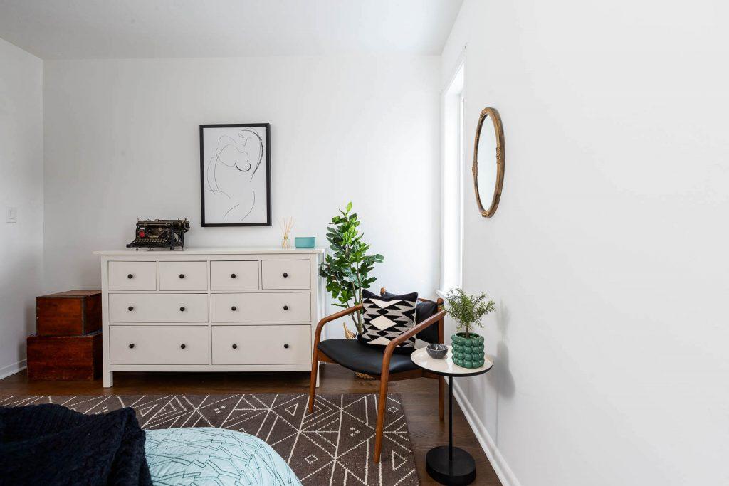 1 1-2 Montrose Ave Toronto ON M6J 2T7 – Master Bedroom 4